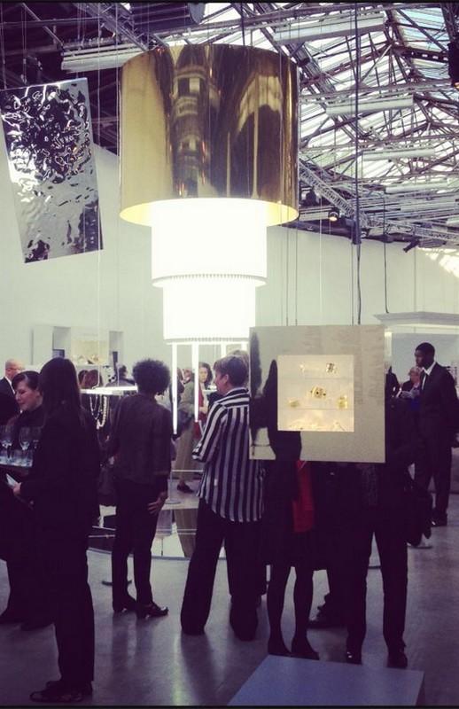 Une carcasse d'abat-jour triple pour le Palais de Tokyo
