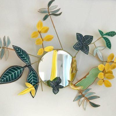 Miroir fleuri de Millie Beaudequin